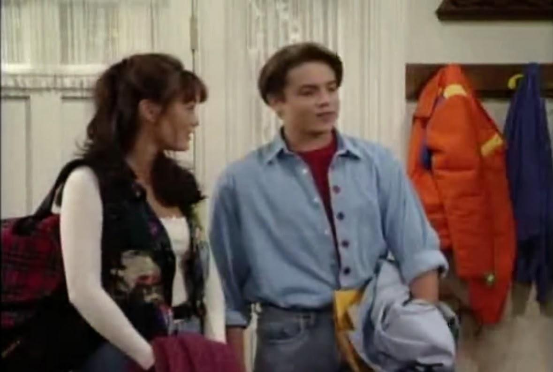 """Boy Meets World Reviewed: Episode 1x08 """"Teacher's Bet"""""""
